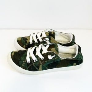 Forever Link NEW Camo Sneakers Size 7 & 8